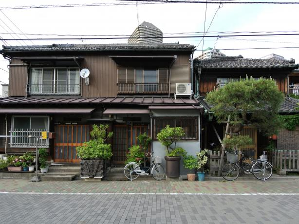 Buying a house in Japan